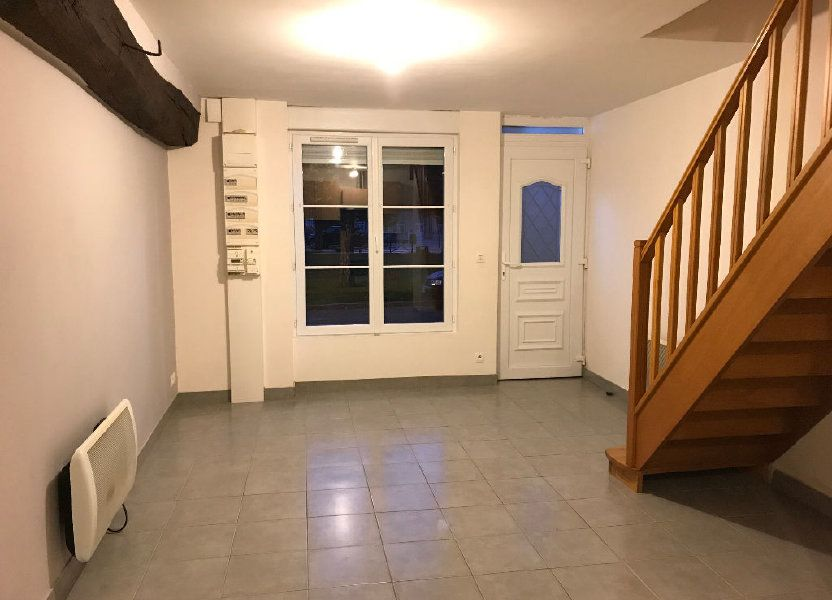 Appartement à louer 42m2 à Gastins