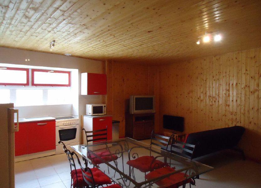 Appartement à louer 61.82m2 à Saint-Justin