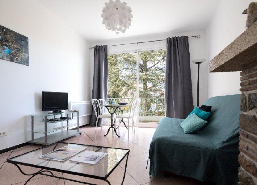 Appartement à louer 44m2 à Le Beausset