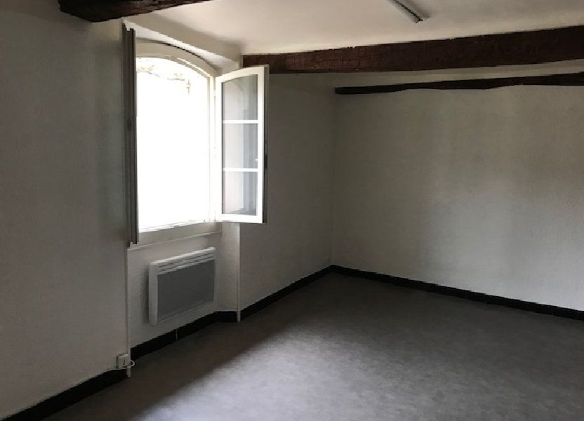 Appartement à louer 26m2 à Le Beausset