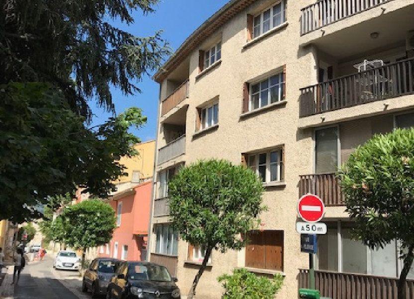 Appartement à louer 50m2 à Le Beausset