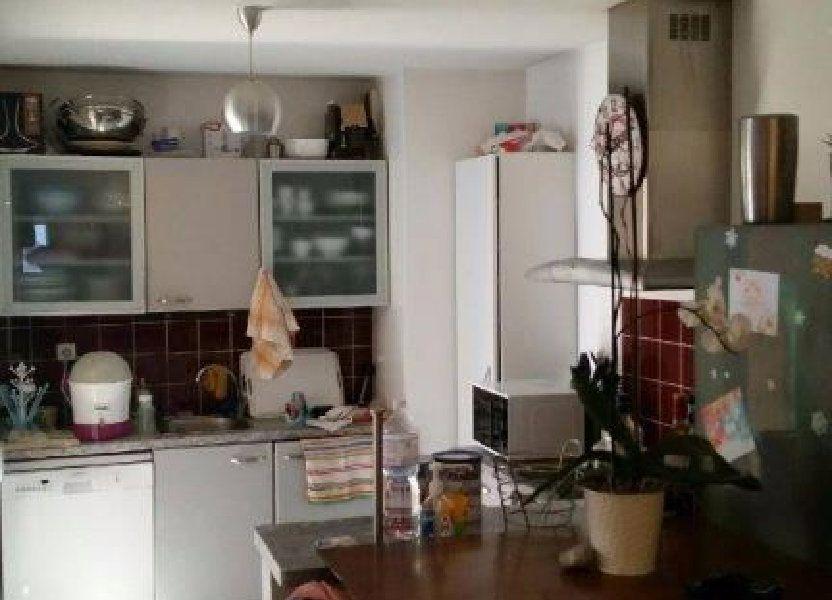 Appartement à louer 61m2 à Le Beausset