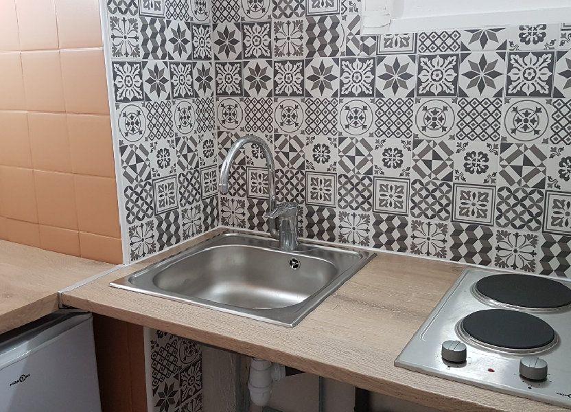 Appartement à louer 24.82m2 à Toulon
