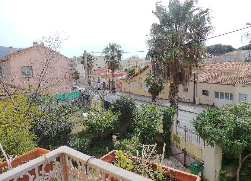 Appartement à louer 69.75m2 à Toulon