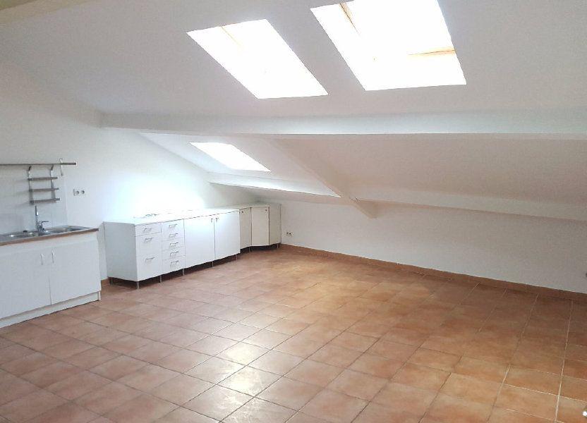 Appartement à louer 57.82m2 à Toulon