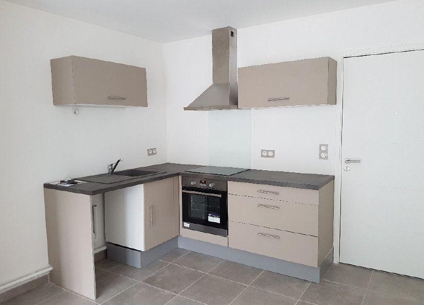 Appartement à louer 39.11m2 à Le Revest-les-Eaux