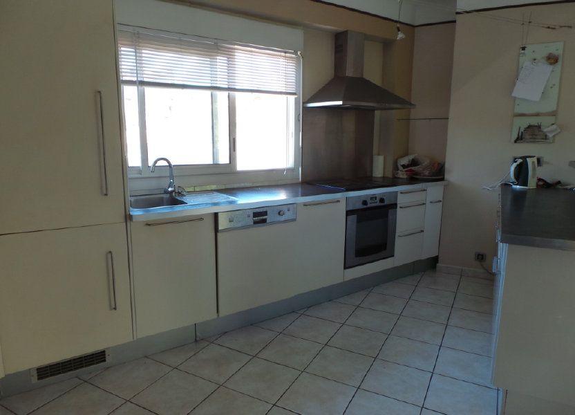 Appartement à louer 77.18m2 à Toulon