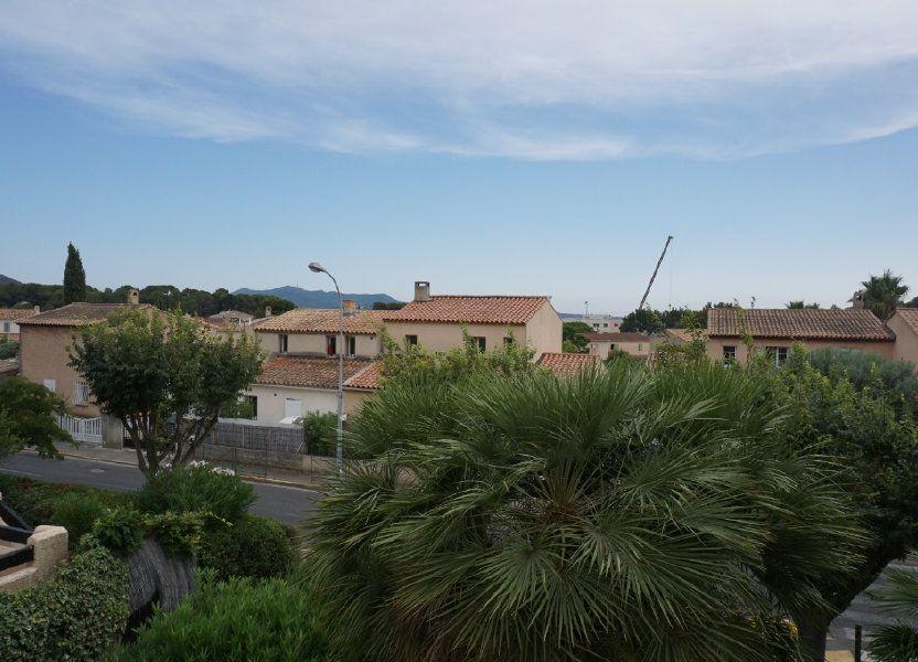 Appartement à vendre 59.75m2 à Sanary-sur-Mer