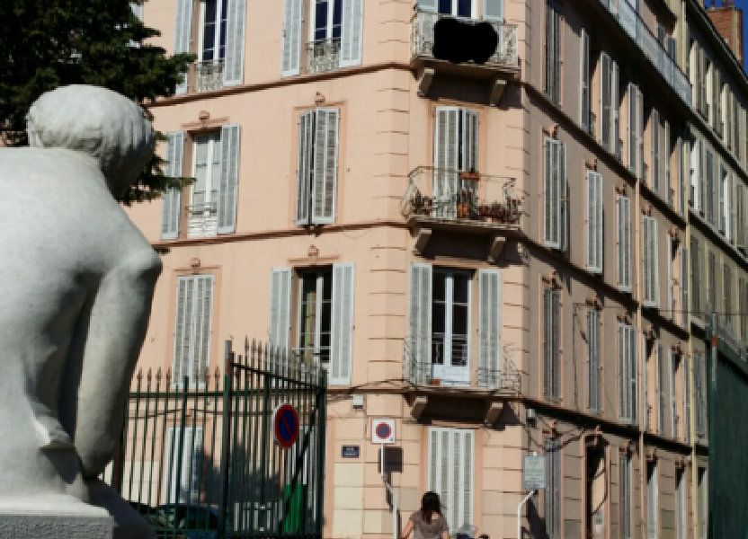 Appartement à louer 80.93m2 à Toulon