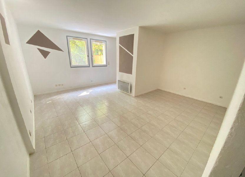 Appartement à louer 34m2 à Grasse