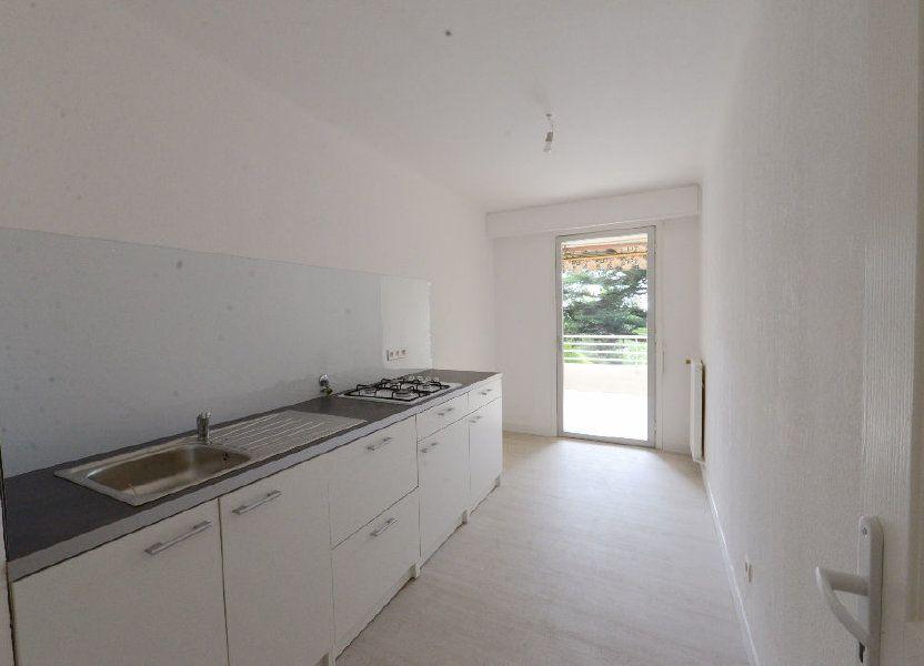 Appartement à louer 73m2 à Grasse