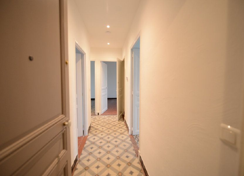 Appartement à louer 66.39m2 à Mouans-Sartoux