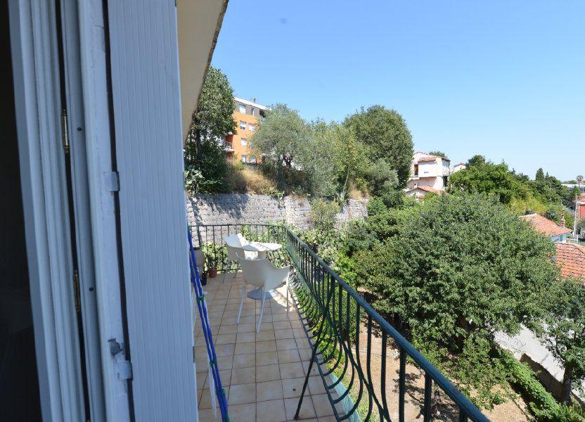 Appartement à louer 65m2 à Grasse