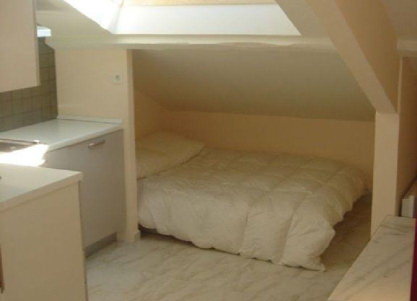 Appartement à louer 9m2 à Nice
