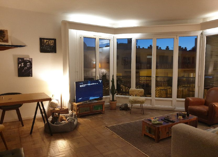 Appartement à louer 59.37m2 à Nice