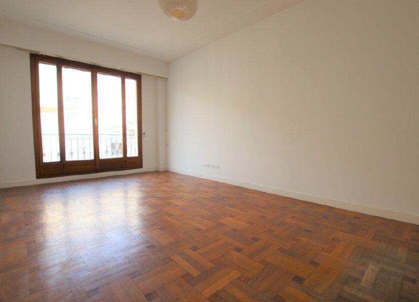 Appartement à louer 46.32m2 à Nice