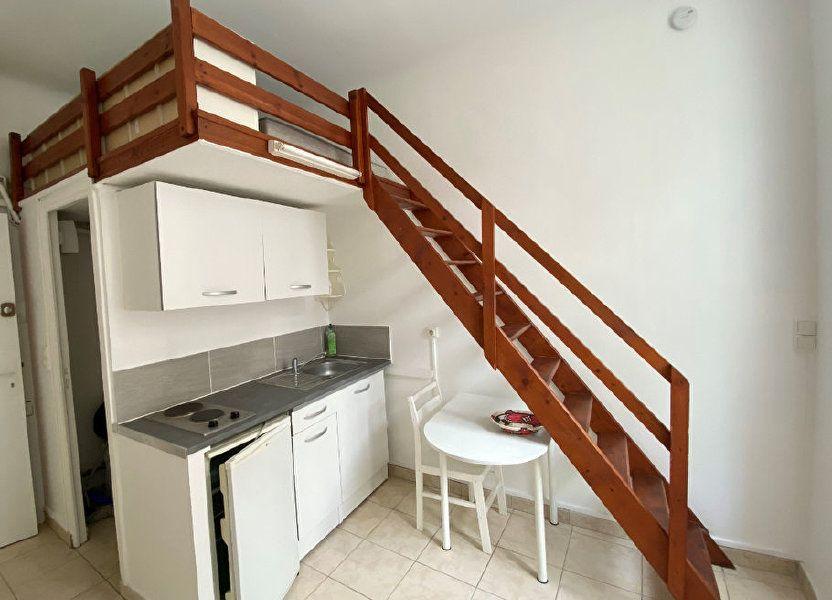 Appartement à louer 15m2 à Nice