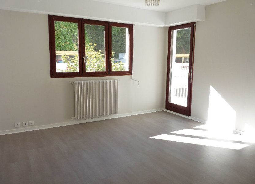 Appartement à louer 31.15m2 à Nice