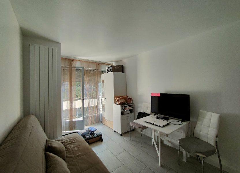 Appartement à louer 16.6m2 à Nice