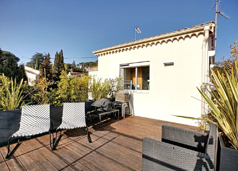 Appartement à vendre 66.74m2 à Saint-Raphaël
