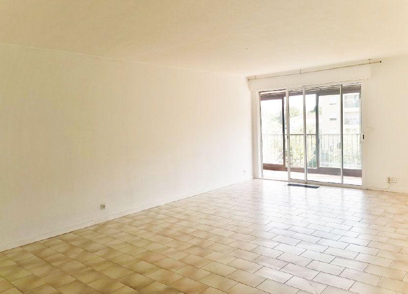 Appartement à louer 84m2 à Fréjus