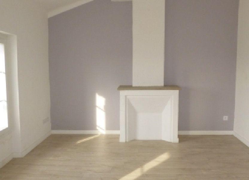 Appartement à louer 82.58m2 à La Fare-les-Oliviers