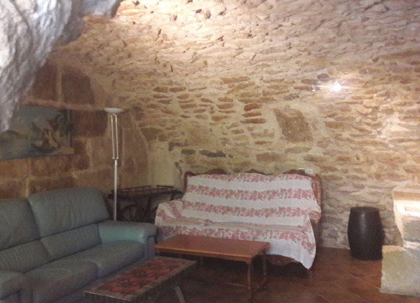 Maison à louer 75m2 à Grans