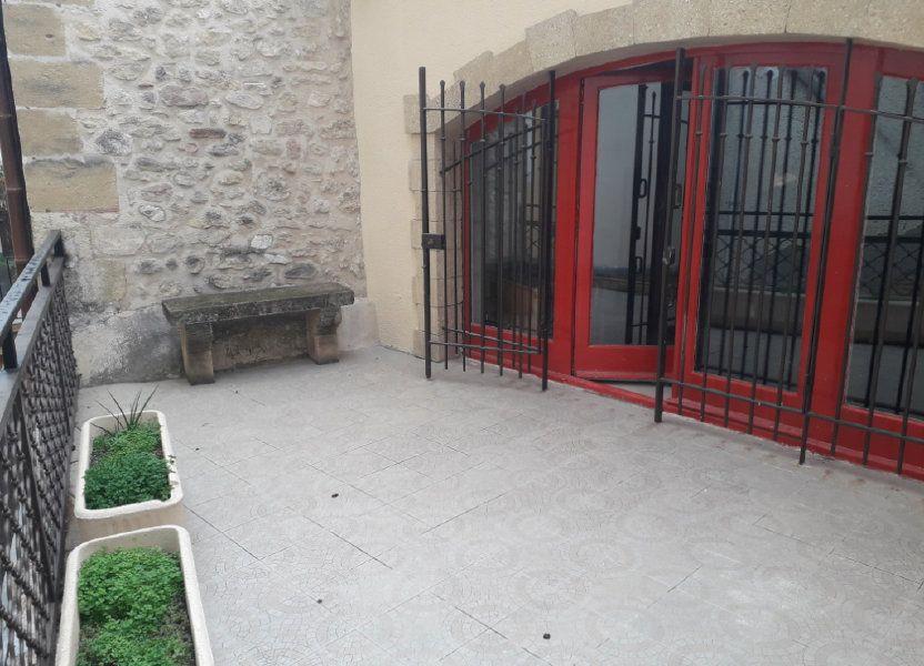 Appartement à louer 69m2 à Lambesc