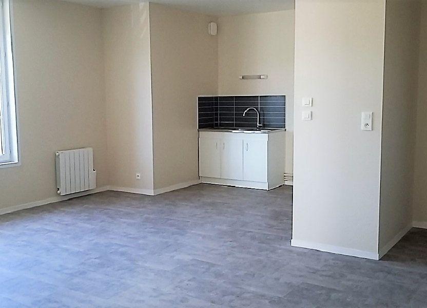 Appartement à louer 56m2 à Chassant