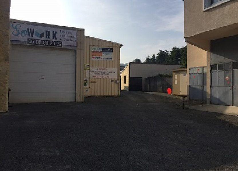 Stationnement à louer 690m2 à Nogent-le-Rotrou