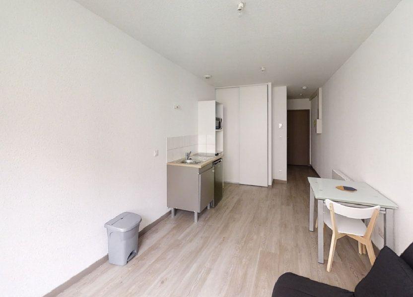 Appartement à louer 16m2 à Roanne