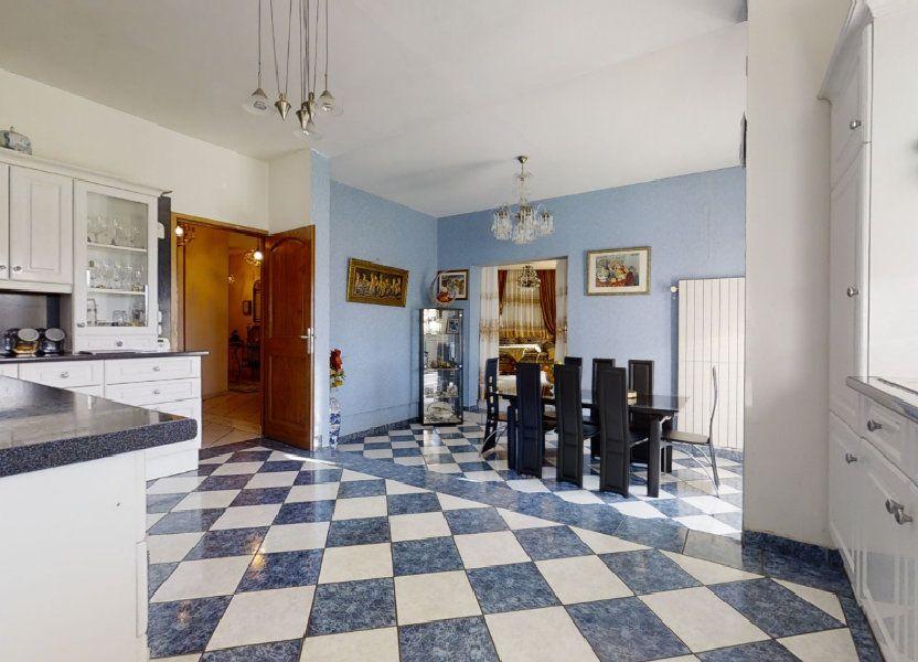 Maison à vendre 184m2 à Pouilly-sous-Charlieu