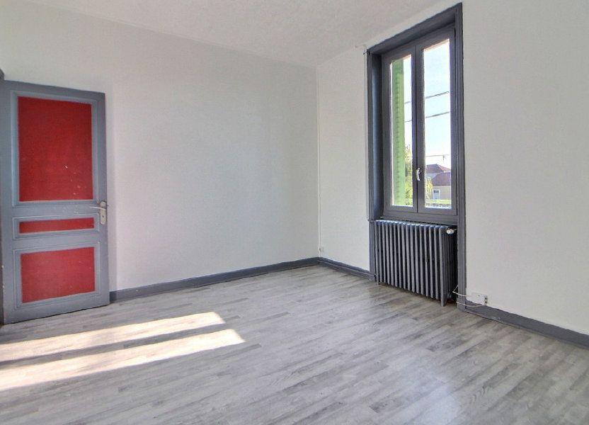 Appartement à louer 70m2 à Roanne