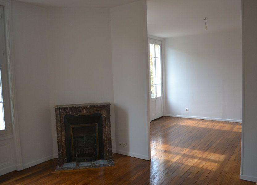 Appartement à louer 68.15m2 à Roanne