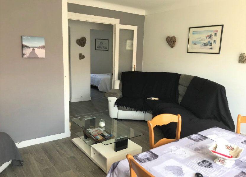 Appartement à louer 53.37m2 à Royan