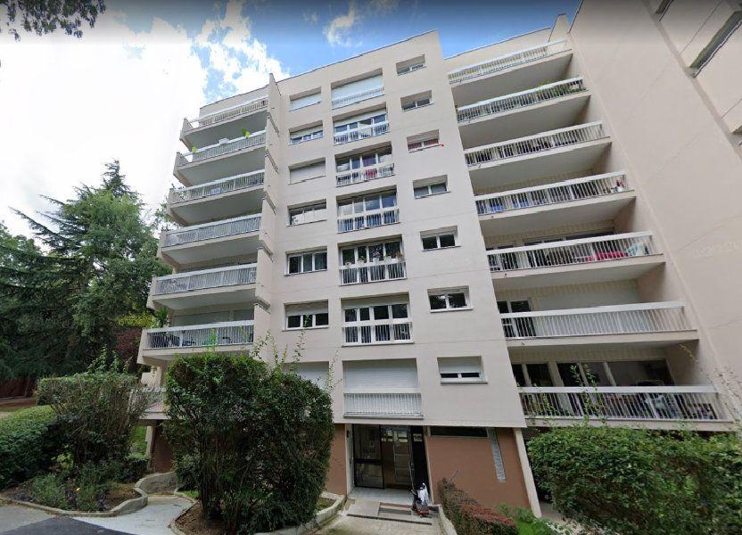 Appartement à louer 66m2 à Évry