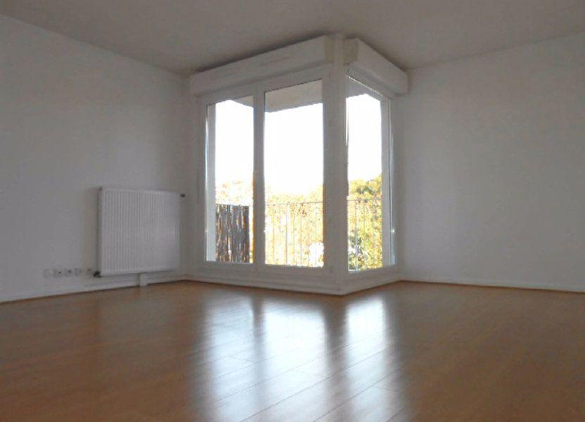 Appartement à louer 49.61m2 à Sainte-Geneviève-des-Bois