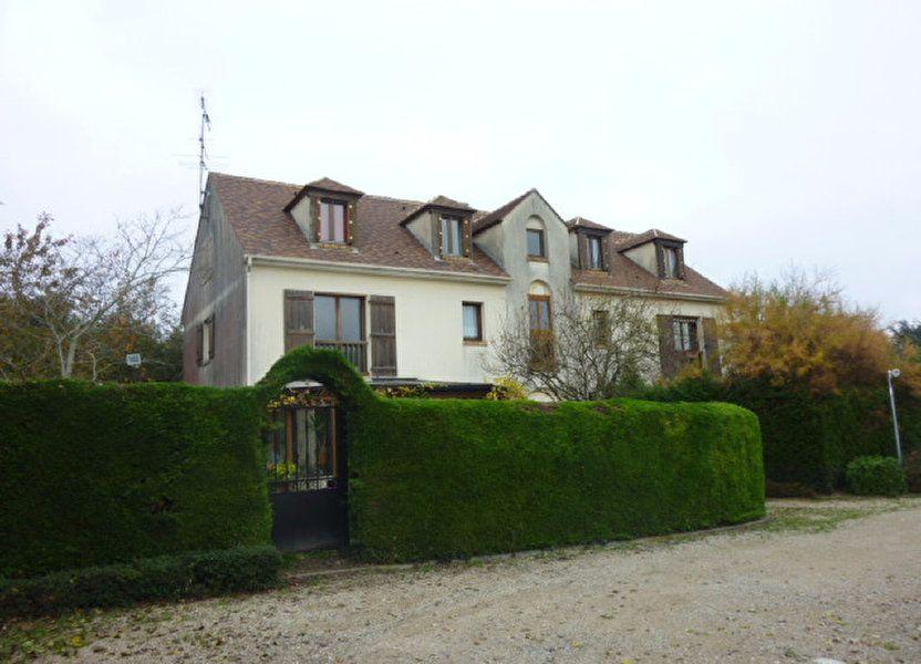 Appartement à louer 35.52m2 à Bruyères-le-Châtel