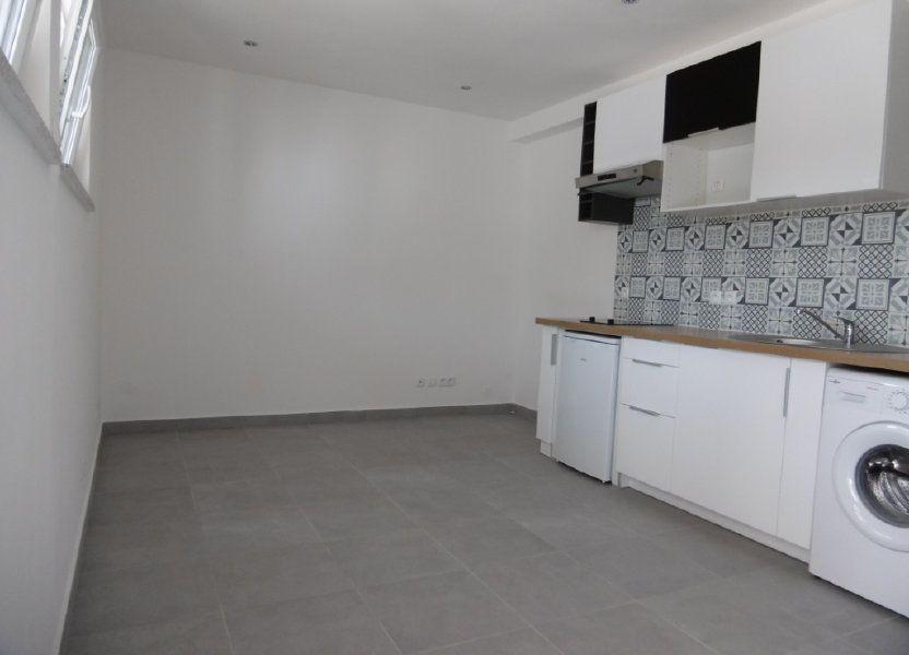 Appartement à louer 18.51m2 à Sainte-Geneviève-des-Bois