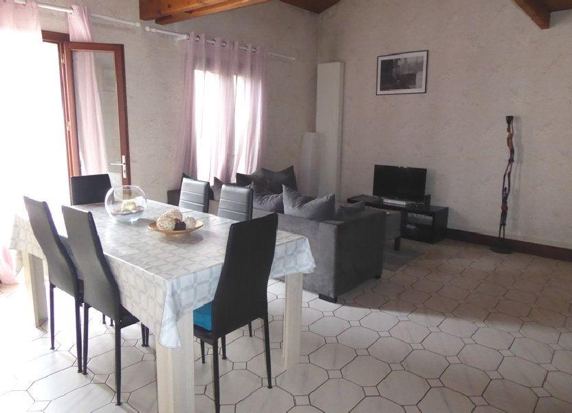 Appartement à louer 105m2 à Saint-Astier