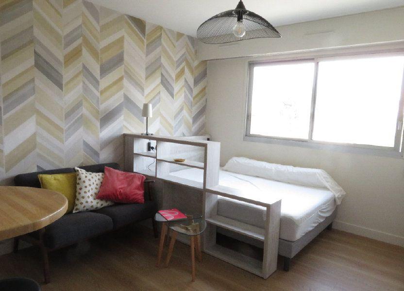 Appartement à louer 21m2 à Pau