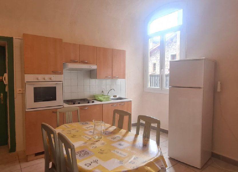 Appartement à louer 57.95m2 à Largentière
