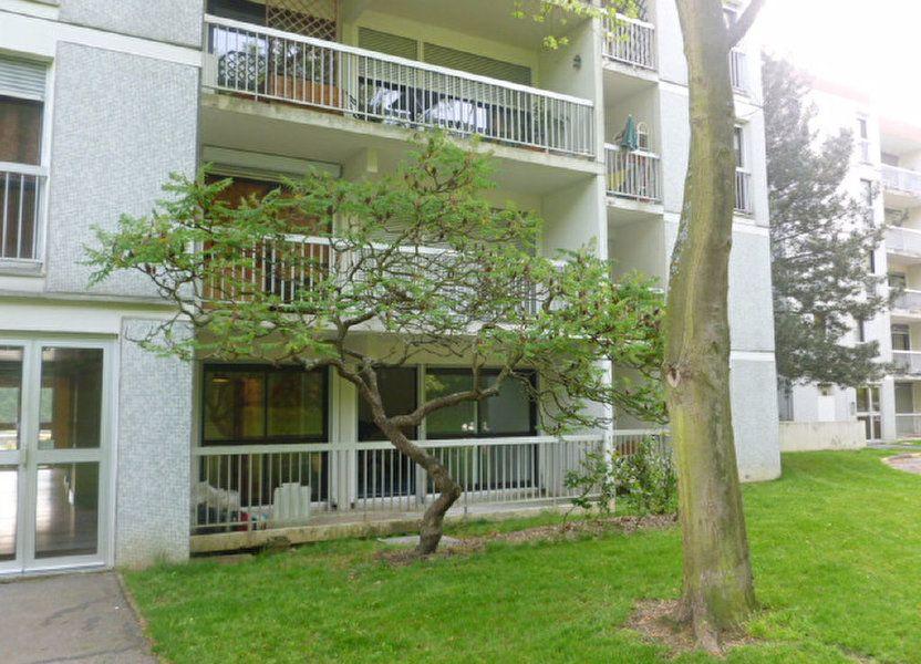 Appartement à louer 32.8m2 à Les Ulis