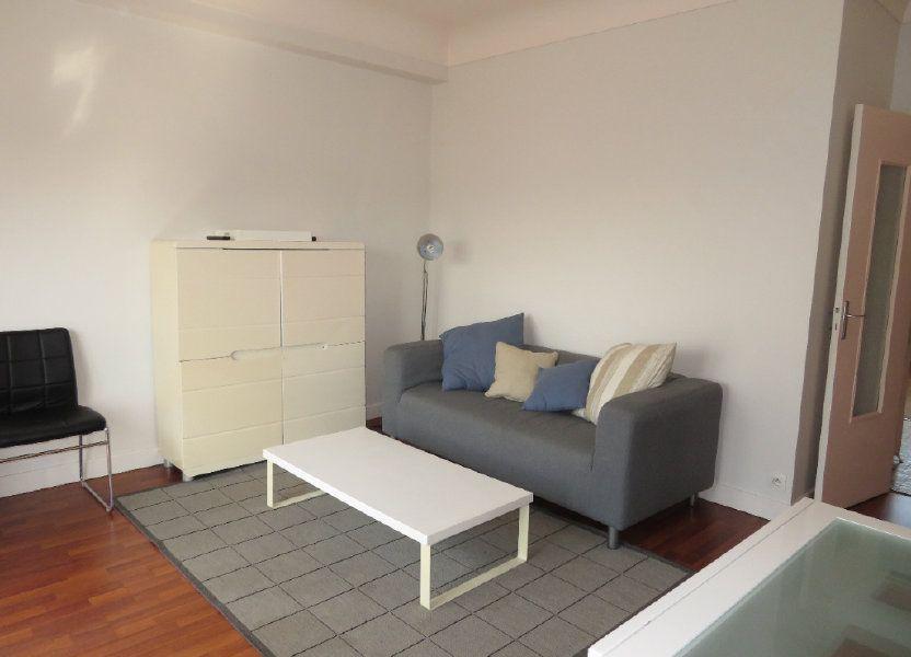 Appartement à louer 64m2 à Pau