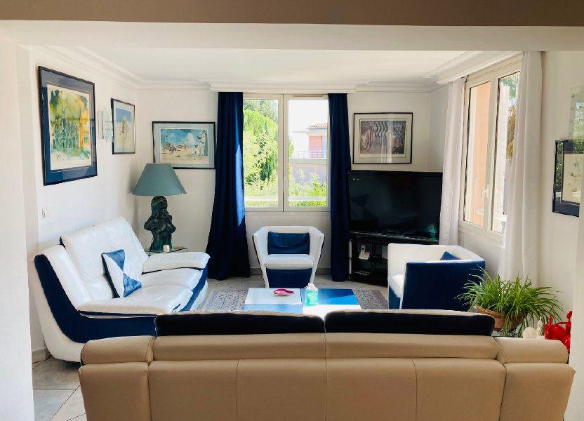 Appartement à vendre 109.88m2 à Cannes
