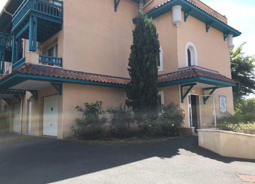 Appartement à louer 62.61m2 à Dax