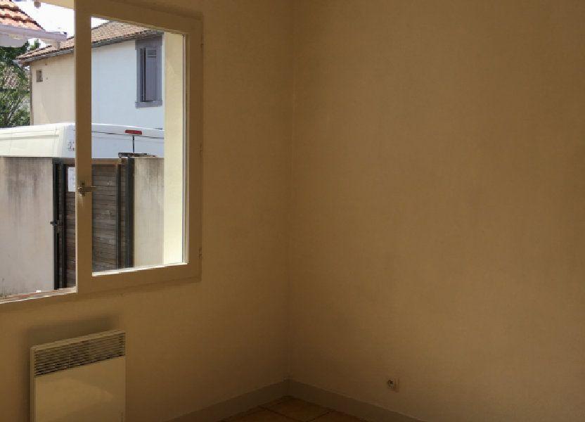 Appartement à louer 23.4m2 à Dax