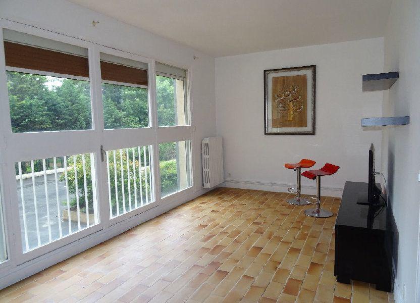 Appartement à louer 48m2 à Eaubonne