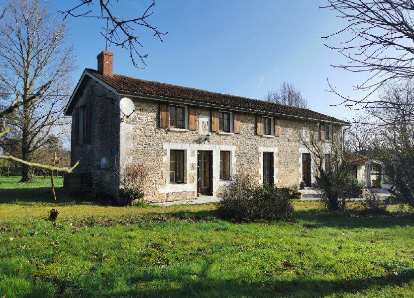 Maison à vendre 185m2 à Lussac