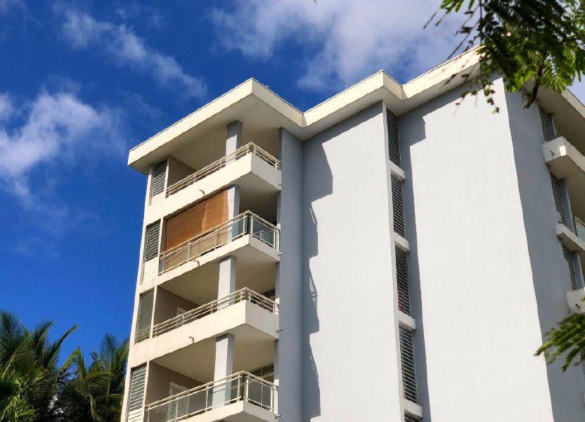Appartement à louer 55.68m2 à Fort-de-France